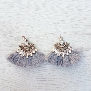 Mia Earrings - Grey