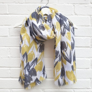 Tulips - Grey Scarf
