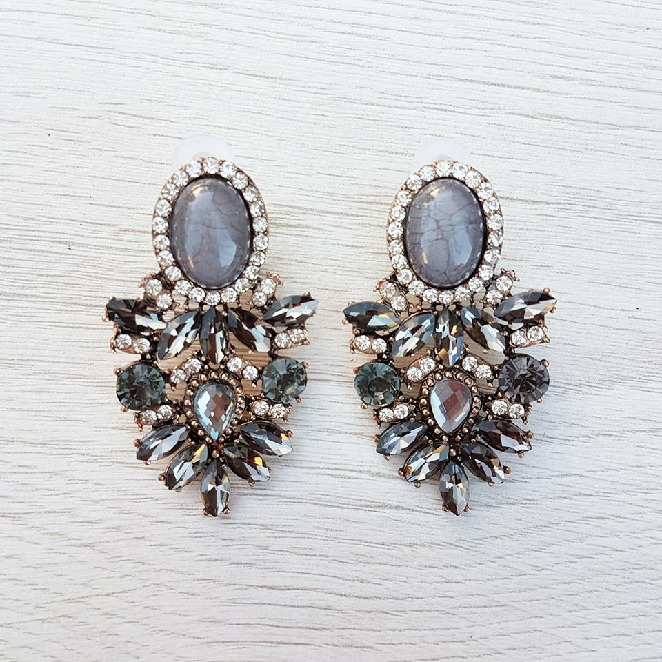Kate Earrings - Grey