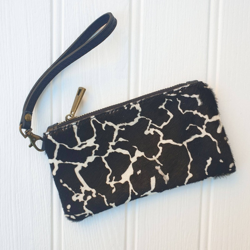 Leather Wristlet Purse - Giraffe
