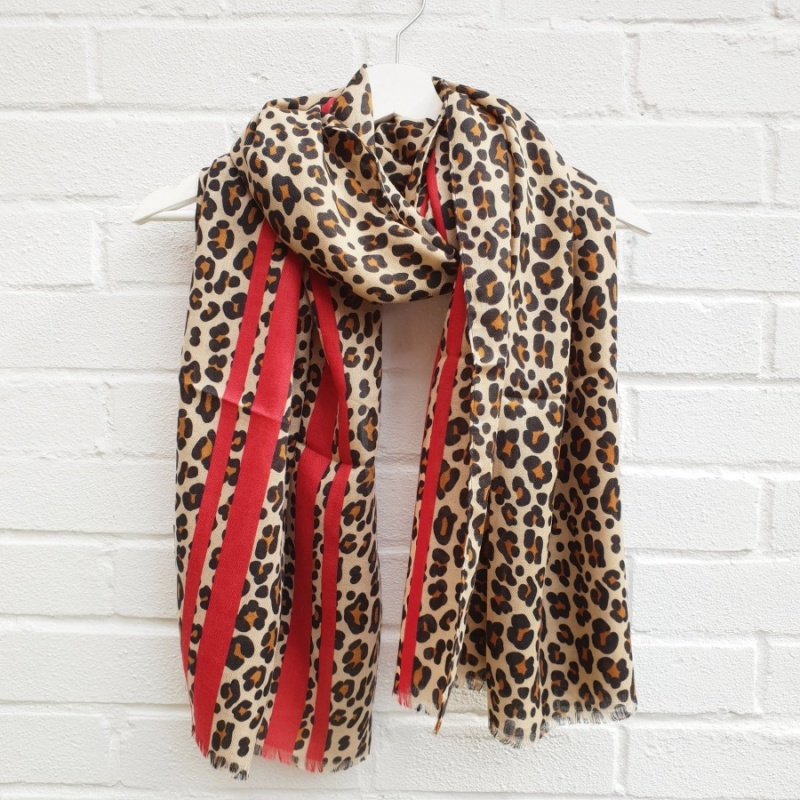 Leo Leopard - Red Scarf